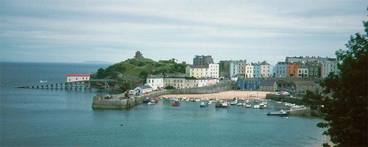 Manfred Heyde https://commons.wikimedia.org/wiki/File:Wales_Pembroke_Tenby.jpg