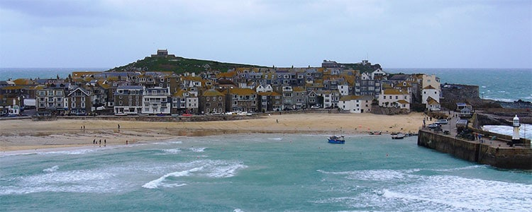 Image by Char https://commons.wikimedia.org/wiki/File:2009_cornwall.st_ives76.jpg